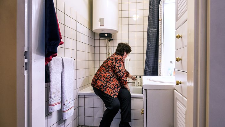 Inloopdouche Met Ligbad : Veronika durft niet meer in bad de volkskrant