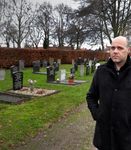 Blubber op de begraafplaats van Klundert, maar 'klagen helpt niet'