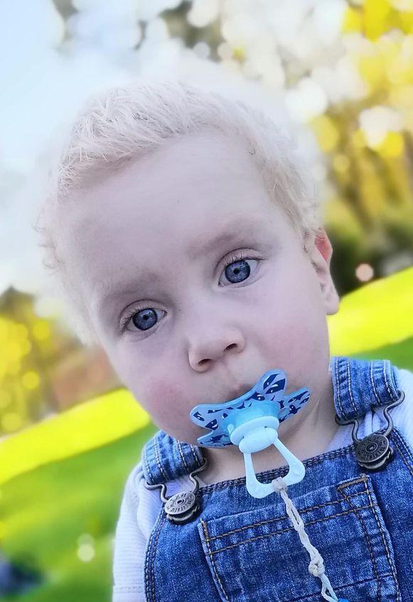 Matteo overleed vrijdag na buikgriep. Hij was nog maar 22 maanden oud.
