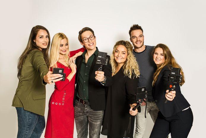 Zakelijke vloggers bezoeken schoenenwinkels in Nederland voor het RTL-programma De Beste van Nederland. Ook Leferink Schoenen in Nijverdal doet mee aan deze verkiezing.