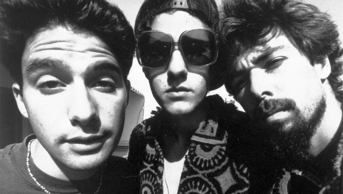 Adam Horovitz (Adrock), Michael Diamond (Mike D) en Adam Yauch (MCA) in 1989.