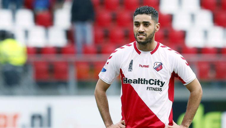 Anouar Kali wordt uitgefloten tijdens de wedstrijd FC Utrecht tegen PEC Zwolle. Beeld null