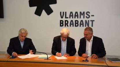 Burgemeesters Sint-Genesius-Rode en Drogenbos leggen eed af bij gouverneur