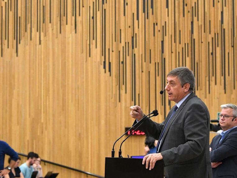 Jan Jambon deze voormiddag tijdens het openingscollege politicologie.