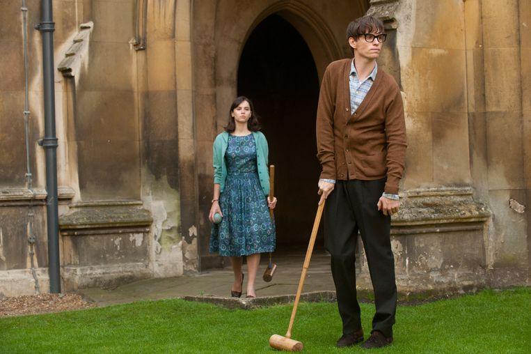 Felicity Jones (Jane Hawking) en Eddie Redmayne Beeld .