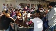 Jongeren op de afspraak voor eerste sessie 'CoderDojo'