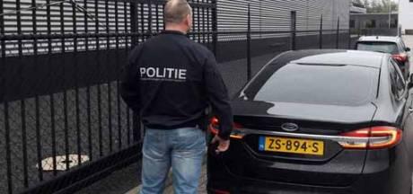 FIOD-invallen bij tapijtbedrijven in Genemuiden