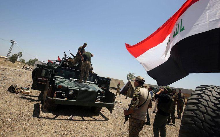 Het Iraakse leger bereidt zich voor op een militaire operatie in Fallujah.