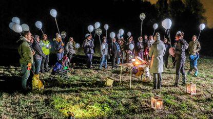 Ballonnen voor Elly (2,5) die stierf na mishandeling
