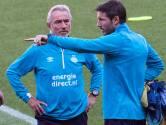 Van Marwijk in de bres voor Van Bommel: 'Hij is veel minder schuldig dan De Jong'
