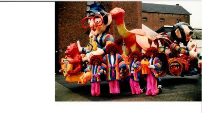 CARNAVAL HALLE: In 1987 pakken De Raar Charels de tweede plaats met char in papier-maché