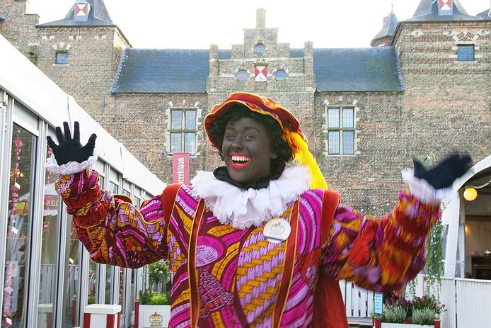Kasteel van Sinterklaas Piet in Vliscostof