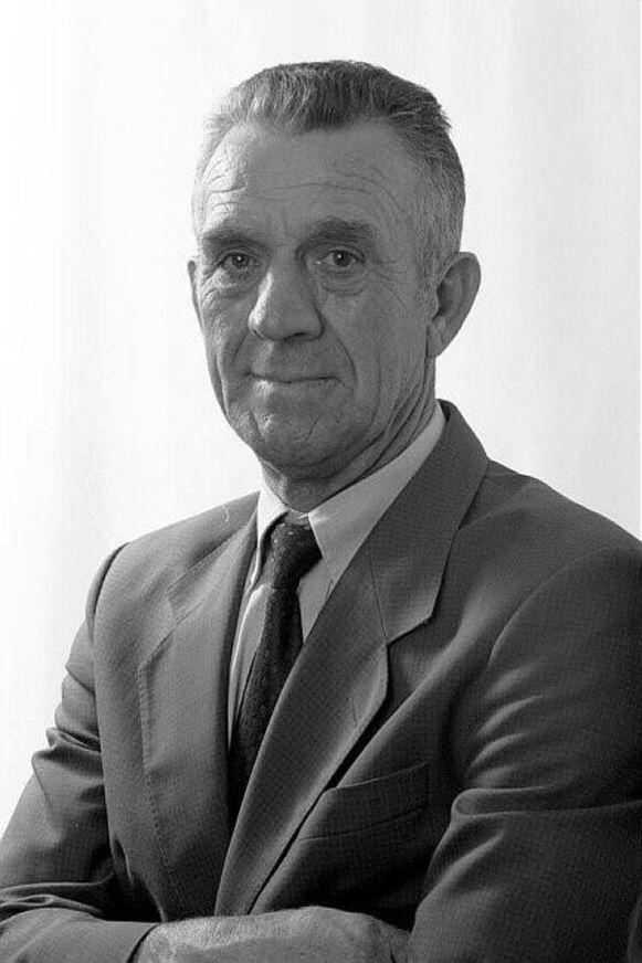 Victor Genoe.