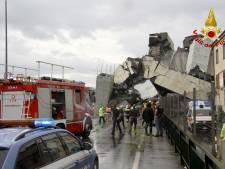 Beelden tonen ravage na instorten cruciale verkeersbrug in Italië