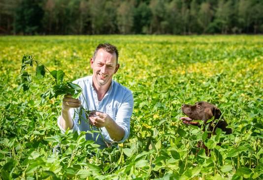 Jan ten Bosch uit Hoog Soeren, een van de Nederlandse sojapioniers.