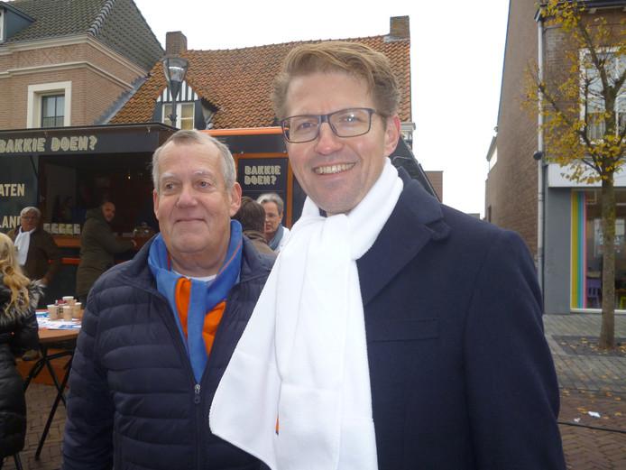 Ook Sander Dekker (rechts) bracht een bezoek aan Schijndel, samen met VVD-voorzitter Harry van Rooijen.