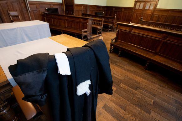 De toga van een advocaat in de correctionele zittingszaal van de Mechelse rechtbank.
