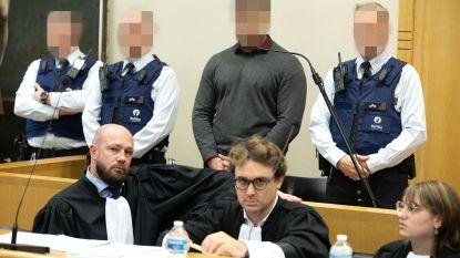 Assisen kappersmoord: getuige onthult stiefvader van beschuldigde als anonieme getuige na pijnlijke confrontatie met familie van het slachtoffer