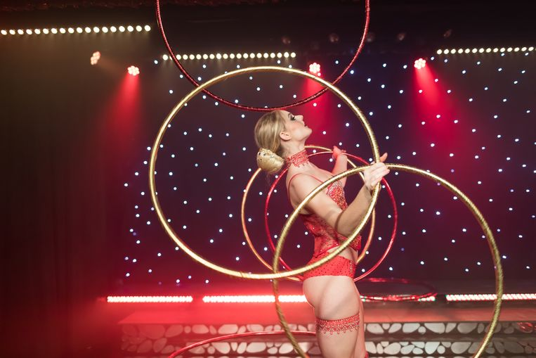 Alexandra Malter bracht ook een hoelahoep-show.