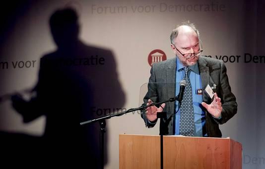 Paul Cliteur spreekt tijdens een partijcongres van partij Forum voor Democratie.