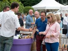 Oesters en champagne op eerste Pure Enjoy Fair in Rozendaal