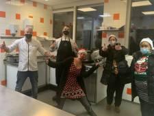 'Iedereen verdient een mooie kerst', ook Auberge in de keuken voor Tilburgse daklozen