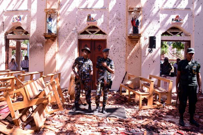 Ravage in de Sint-Sebastiaan kerk in Negombo op Sri Lanka, afgelopen zondag.