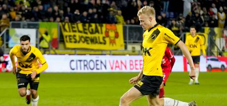 FC Utrecht op de tribune voor NAC-talent Jan Paul van Hecke