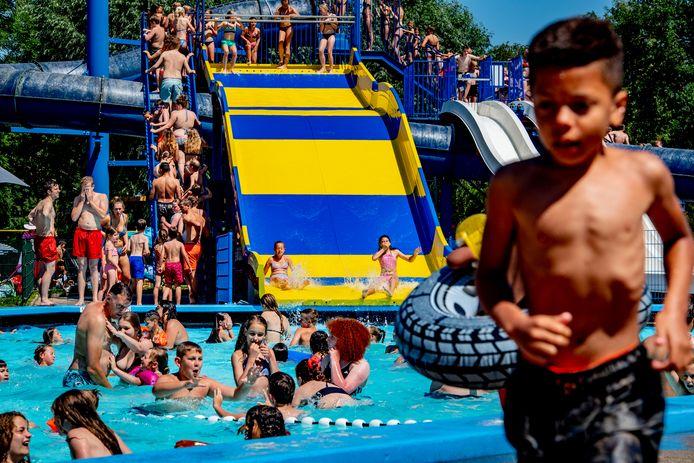 Aquapark De Zandstuve wil een familieglijbaan (foto ter illustratie).