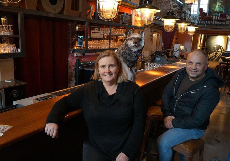 Tanja Maeseele en Henk Boucquez openen straks weekendcafé Wolf.