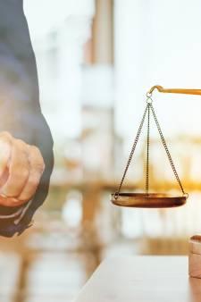 Mag je vertrouwelijke informatie lekken om jezelf te verdedigen bij de rechter? 'Het blijft een overtreding'