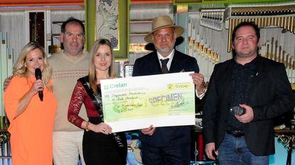 Modellenkalender brengt 4.000 euro op
