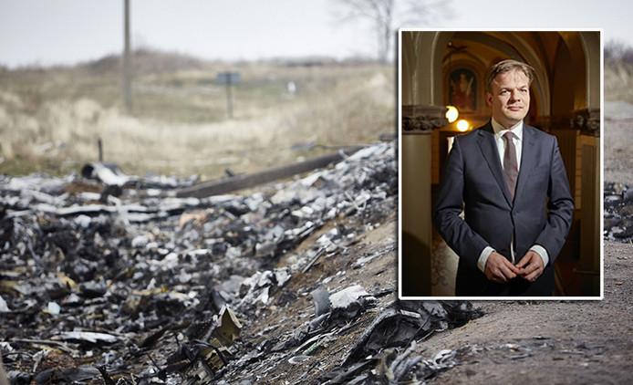 CDA'er Pieter Omtzigt (inzetje) bijt zich vast in het dossier-MH17