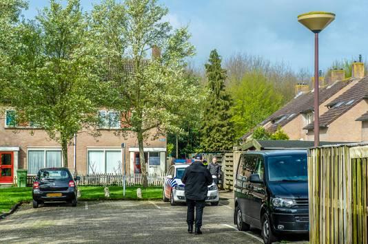 De politie deed onder meer een inval in een huis in het West-Brabantse Oudenbosch.