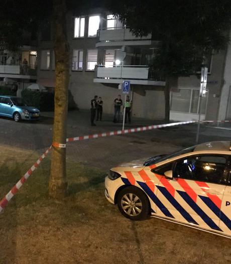 Schoten gelost in Hildebrandstraat in Den Bosch, vermoedelijk na conflict voor café