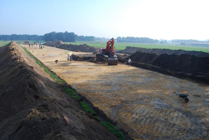 Bij grootschalig archeologisch onderzoek komt het prehistorische landschap in het zicht, zoals de Romeinse grafmonumenten in Kranenbroek bij Brandevoort.