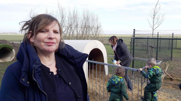 Directeur Lizet van Asseldonk van agrarisch kinderdagverblijf Het  Vrolijke Koetje
