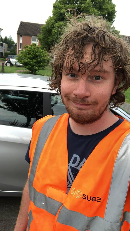 Student Victor van Wijngaarden (23) heeft een bijbaan als vuilnisman