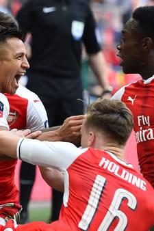 Weggehoonde Wenger houdt zicht op waardig afscheid met FA Cup