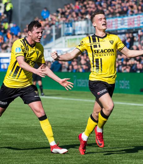 PEC Zwolle haalt Leemans en Van Crooij weg bij VVV
