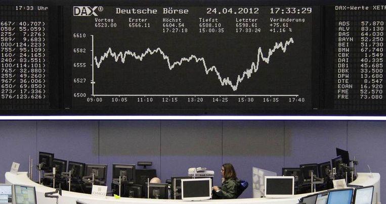 De Duitse beurs in Frankfurt (DAX) aan het einde van de handelsdag. Beeld reuters