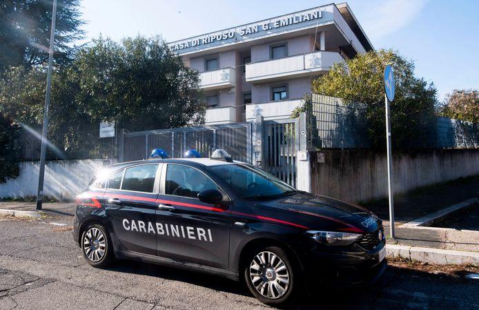 Eenzame 94-jarige Italiaan belt politie voor toost op kerst