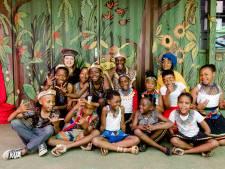Zuid-Afrikaanse kinderkoren zingen zich uit het slop in Winterswijk