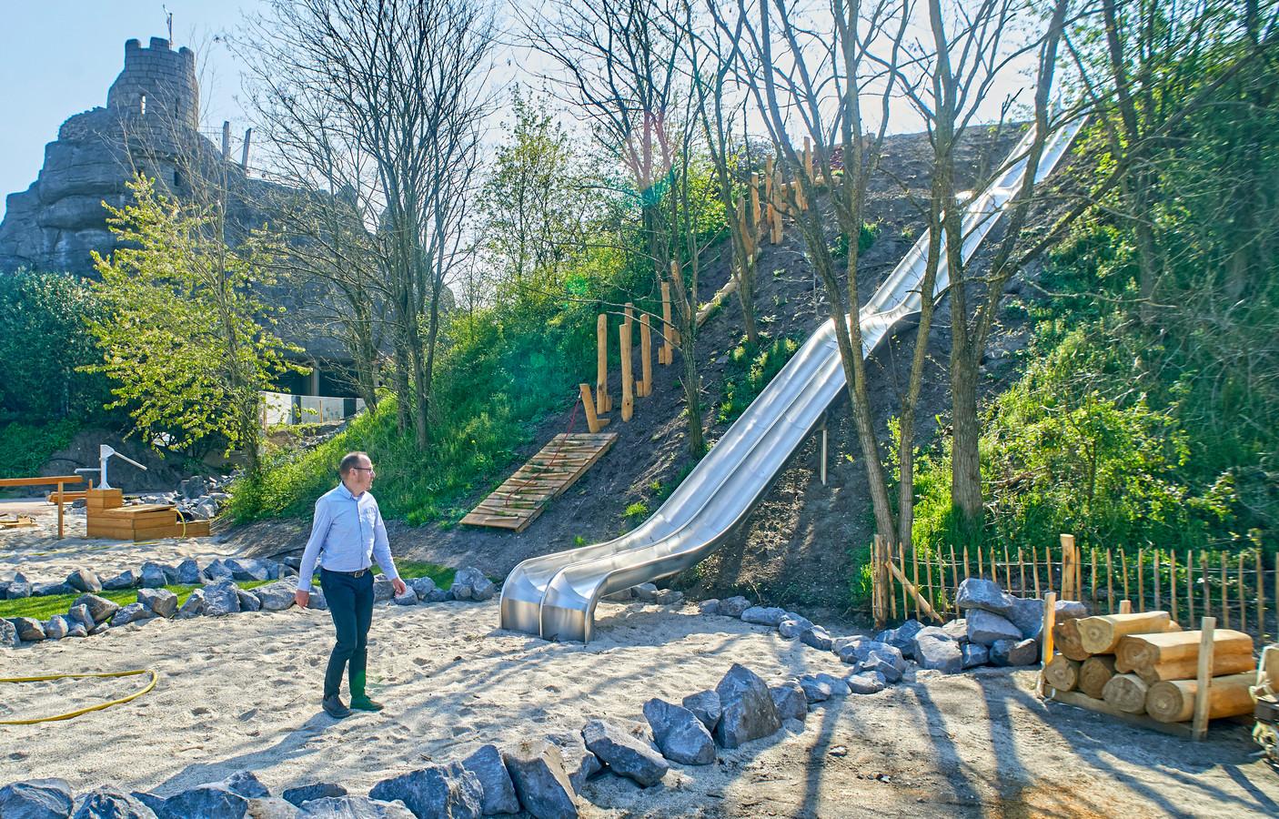 De glijbaan op de nieuwe oervallei op Hemelrijk in Volkel wordt een paar meter ingekort.