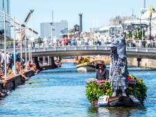 Delft vaardigt boot af bij Varend Corso