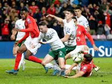 Zwitserland doet goede zaken met zege op Ierland
