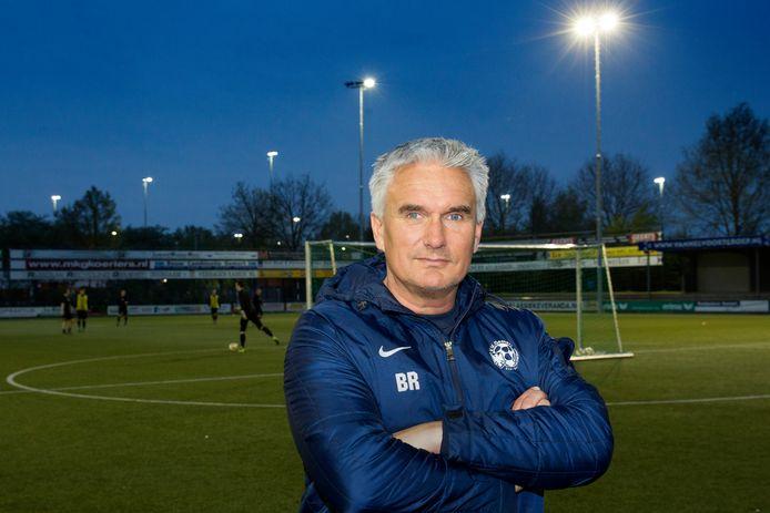 De huidige manager Voetbalzaken Bert Ruijsch van FC Den Bosch in zijn tijd als hoofdtrainer van Gemert.