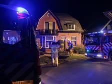 Schoorsteenbrand in Neede trekt veel bekijks van buurtbewoners