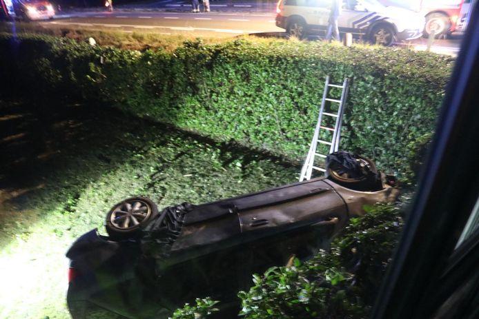 De woning liep schade op na de klap bij het ongeval.