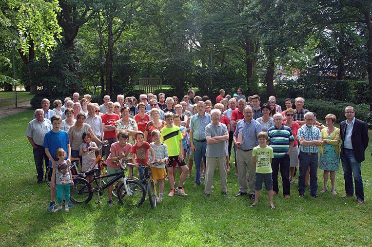 De bewoners van de Tinekeswijk willen dat hun groene zone niet verkaveld wordt.